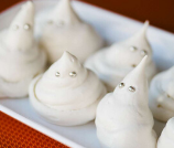 Meringue Halloween Ghosts